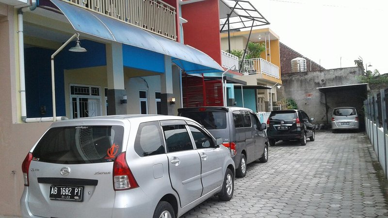 Warungboto homestay, location de vacances à Yogyakarta