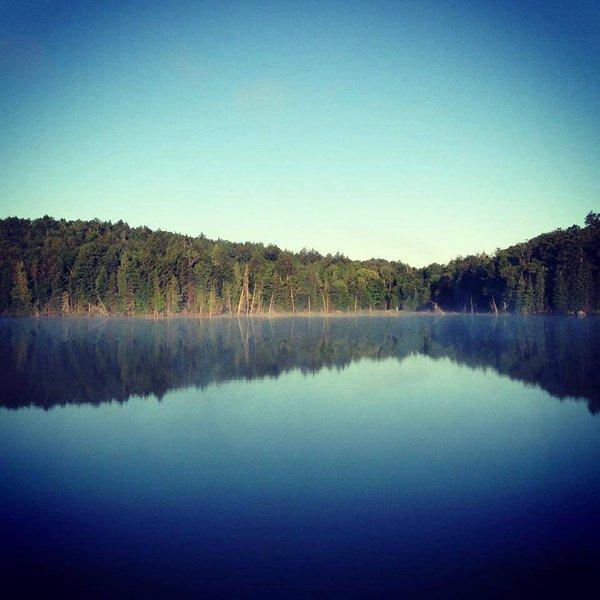 Lac Besançon: lago privado prístina de Terra Perma