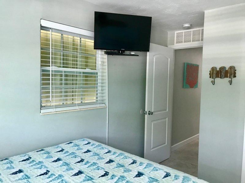 Habitación de invitados w / a TV de SMART 32