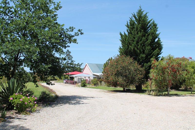 Pelargonium Cottage from Driveway