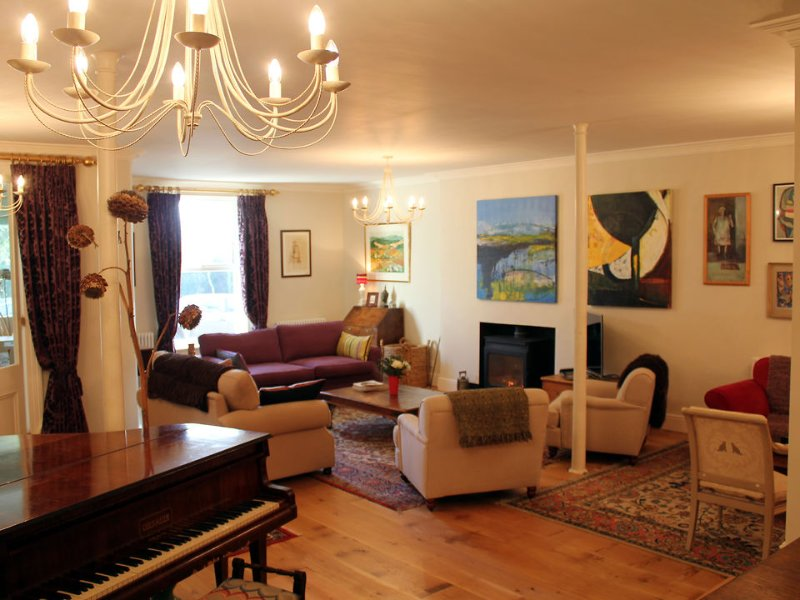 Space for everyone in the large drawing room