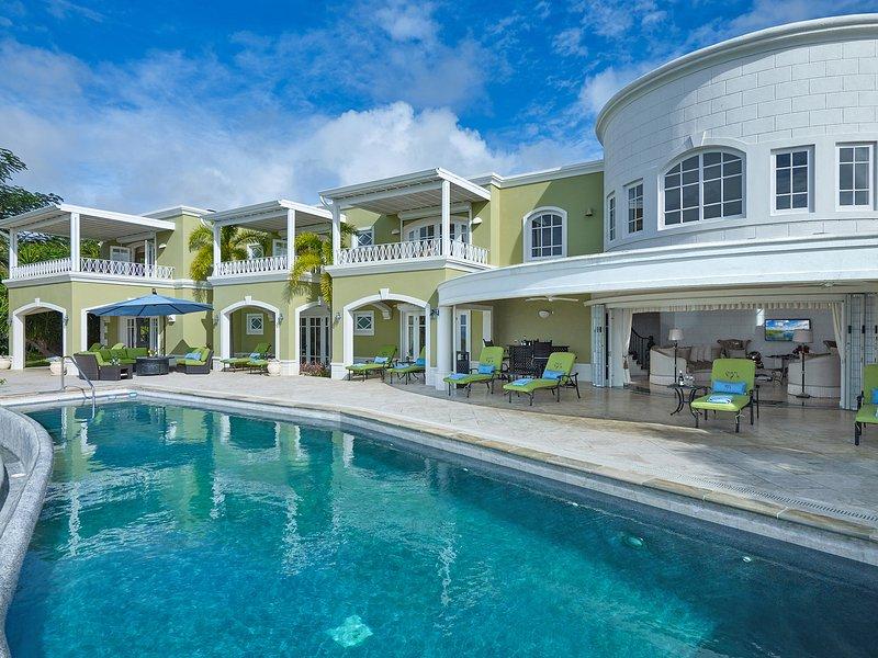 Elegant 8 bedroom property with cottage, alquiler vacacional en Mount Standfast