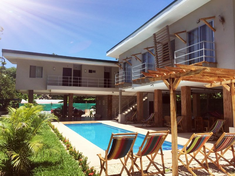 CASA DE PLAYA FITOS HOUSE, holiday rental in Montezuma