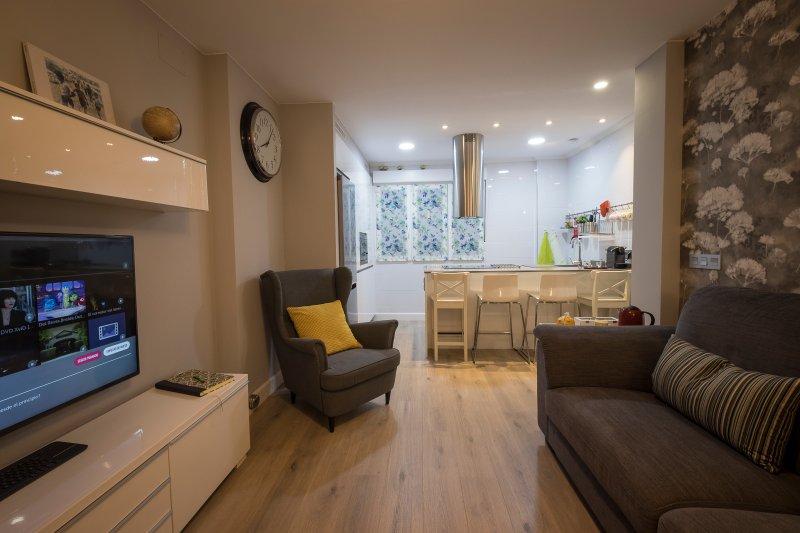 Precioso apartamento en el barrio HISTÓRICO de Gijón. Wifi, alquiler vacacional en Gijón