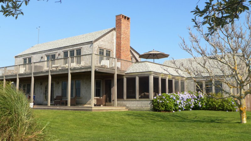 8 F Street House & Cottage, Nantucket , MA, vacation rental in Siasconset