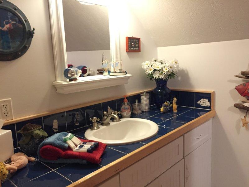 tegel aanrechtblad badkamer