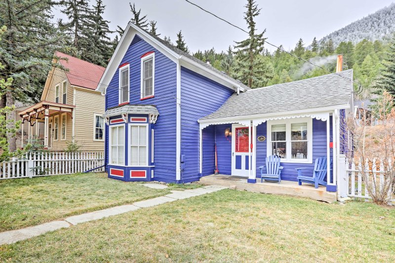 Nestled at the base of Guanella Pass and the south end of Georgetown, this charming Victorian home promises a memorable retreat!