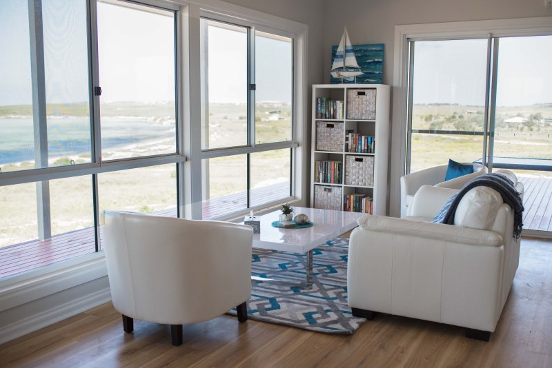 Shades of Blue Eco Retreat, holiday rental in Streaky Bay