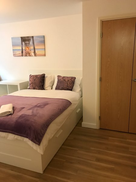 Luxury City Apartment, Ferienwohnung in Basildon