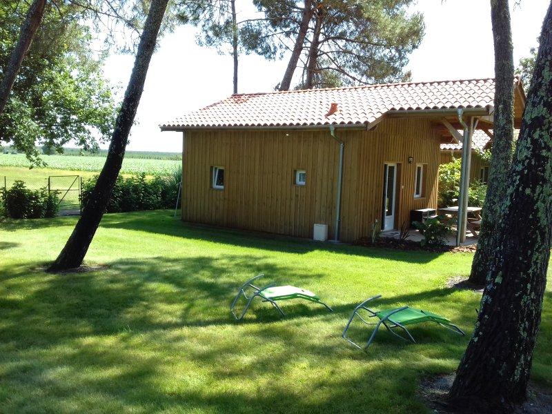 Gîte neuf dans jardin paysager pour 4/5 personnes, location de vacances à Landes