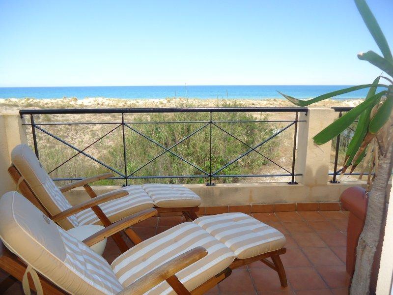 CASA EXCEPCIONAL EN EL MAR, holiday rental in Oliva