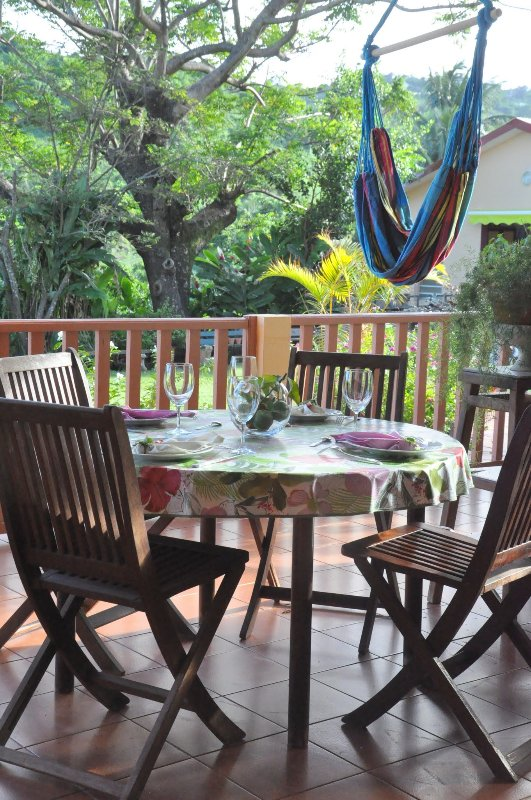 Nord de la Martinique, jardin calme, vert, piscine! UPDATED ...