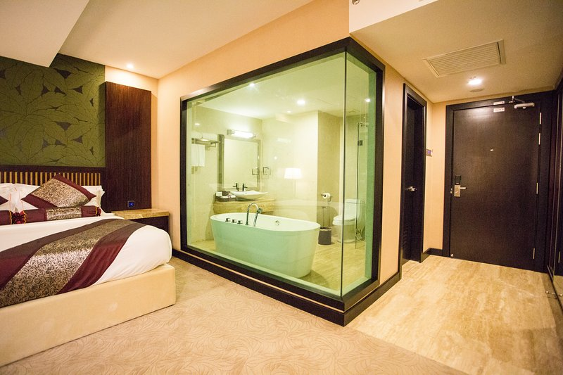 Royale Signature Hotel (Deluxe Room), holiday rental in Arau