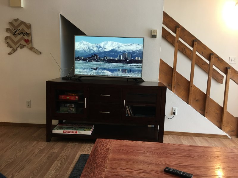 Humble Home Away From Home, vacation rental in Fairbanks