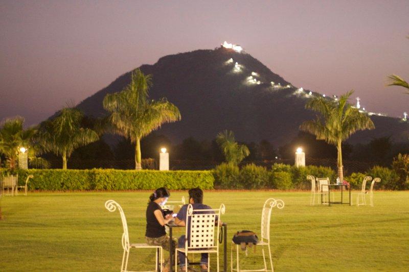 Deluxe Cottage at Pushkar Resort., holiday rental in Pushkar