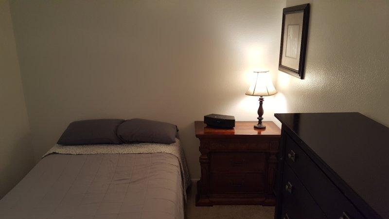 Tranquilo dormitorio privado Disfruta de la paz y la privacidad