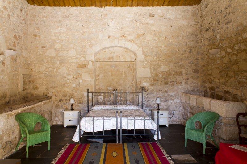 Casa Del Ficodindia - Appartamento in masseria 3 posti letto, vacation rental in Donnafugata