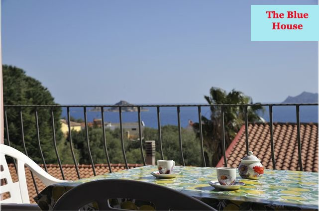 The Blue House, holiday rental in Baunei