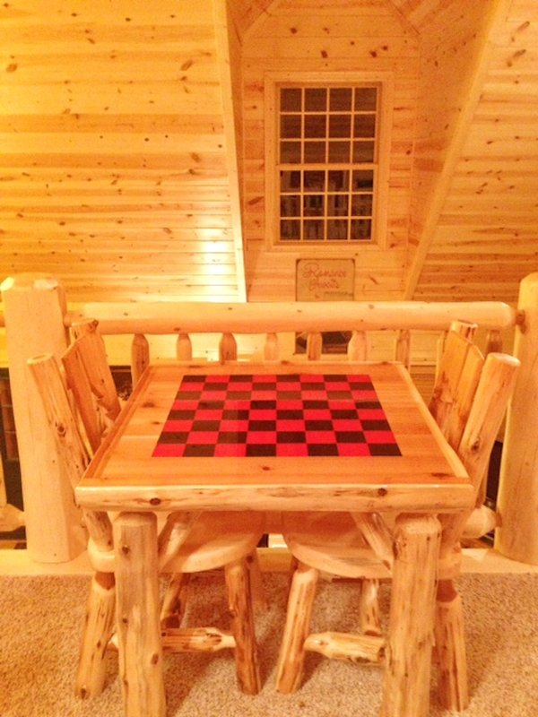mesa de juego en el desván