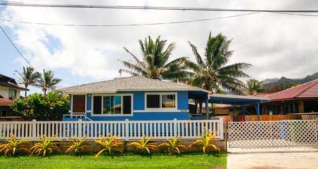 Welcome to Beachside Blue, your Hawaiian home away from home.
