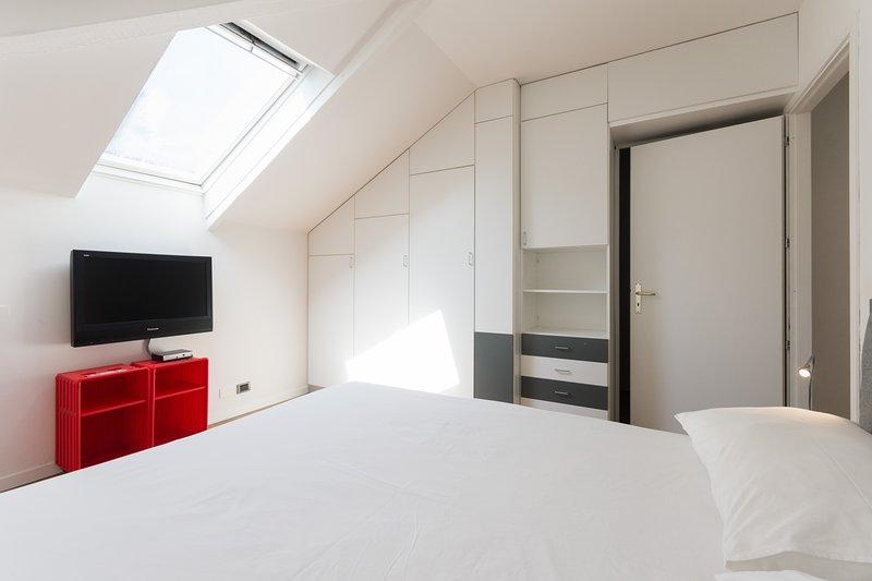 Bedroom #1 - Design closets
