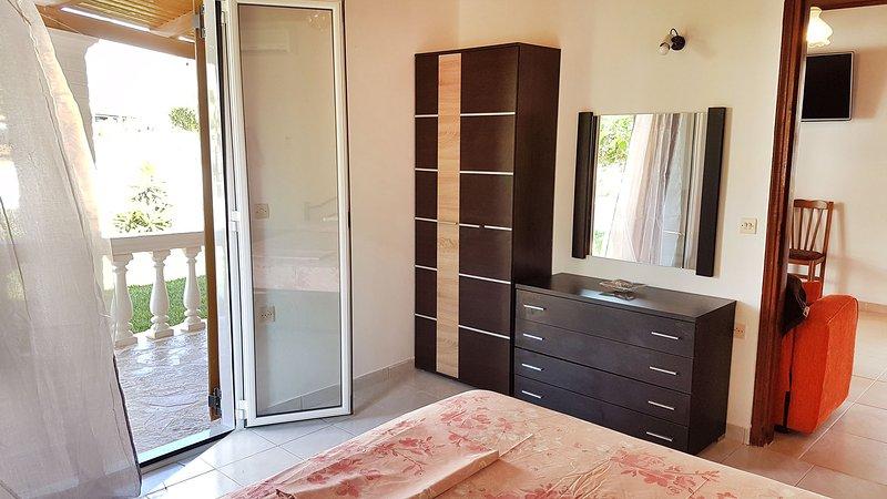 Villa Panorea - Apartment 107, aluguéis de temporada em Moraitika