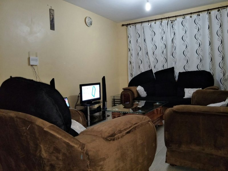 Clean cozy apartment near Airport, holiday rental in Mlolongo