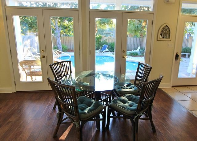 Dining Nook off Living Area with Pool view