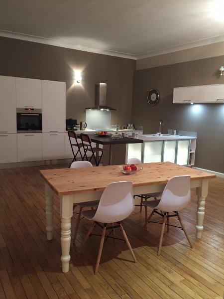 Impresionante apartamento de dos dormitorios en el corazón de Brive La Gaillarde. el confort moderno con el encanto francés!