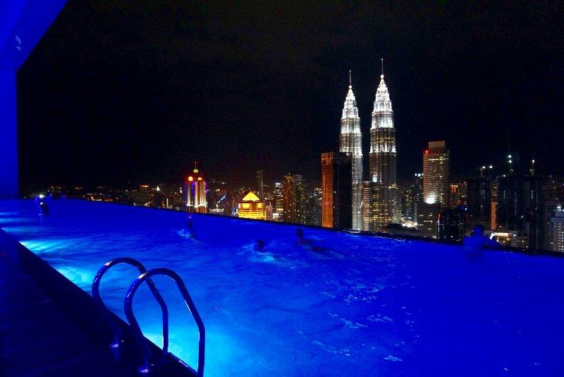 ❤ PROMO 2BR LUXURY SUITE AMAZING VIEW ❤, vakantiewoning in Kuala Lumpur