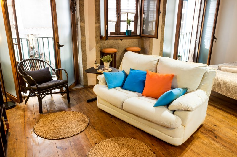 living room / bedroom