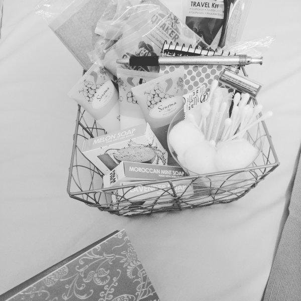 Artículos de higiene personal olvidados, que podrían tener todo cubierto en nuestra cesta gratuito Servicio