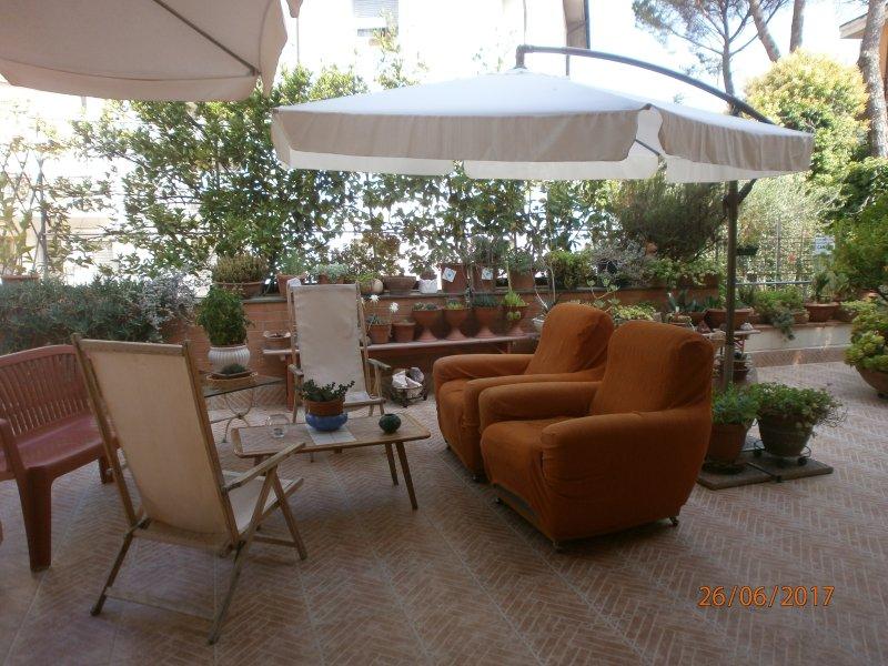 Dall'Ale e Marci INTERO APPARTAMENTO Due Camere (una matrimoniale e una Tripla), location de vacances à Borgo a Buggiano