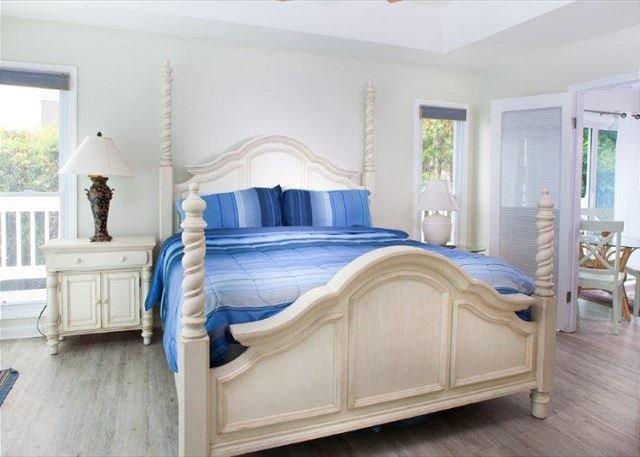 Dormitorio con balcón con vista al mar - ¡¡¡Mire los barcos navegar !!