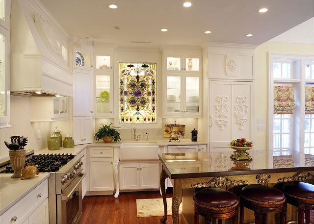 Gourmet Kitchen fit for a chef!