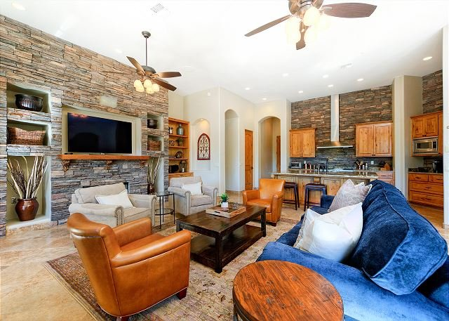 Tuscan Style 4br W Private Pool Gourmet Kitchen Pool