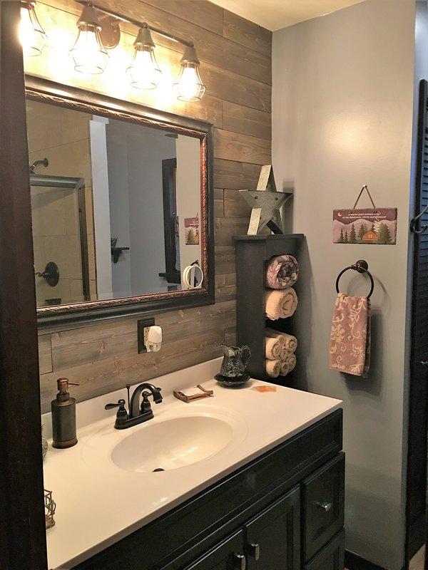 Nouvelle salle de bain à l'étage principal