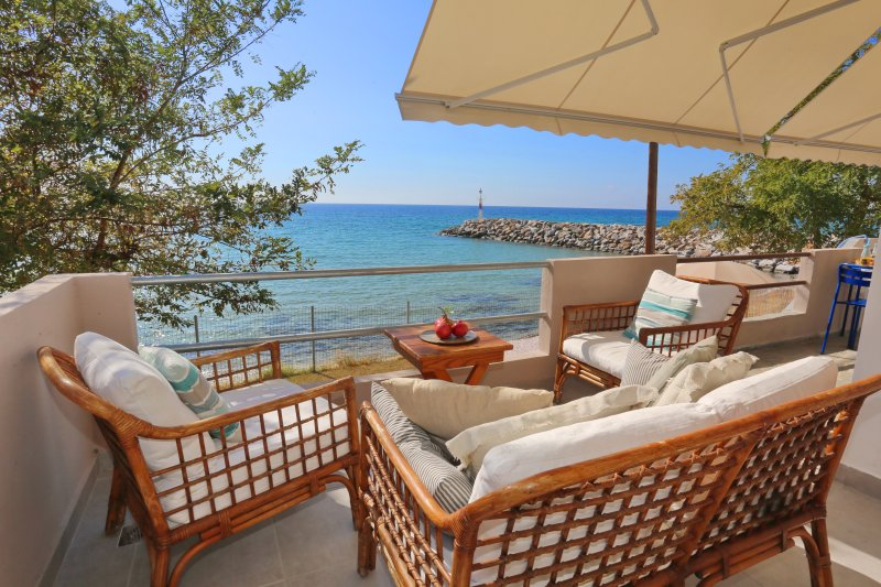 Beautiful Beach House, casa vacanza a Nea Skioni
