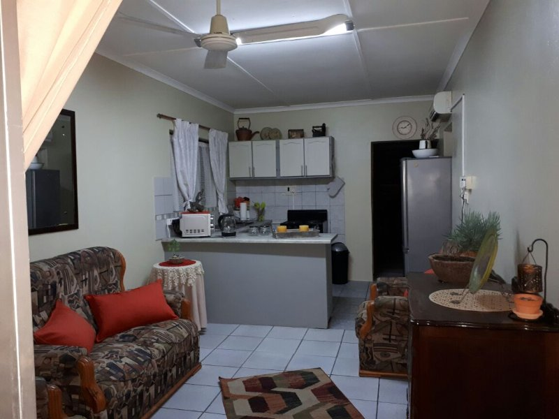 Cassiandra Place - self catering flat, sleeps 2 guests, for a third see listing., casa vacanza a Empangeni