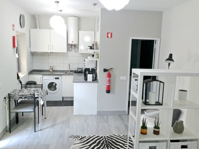 Ferragudo Modern Studio, vacation rental in Ferragudo