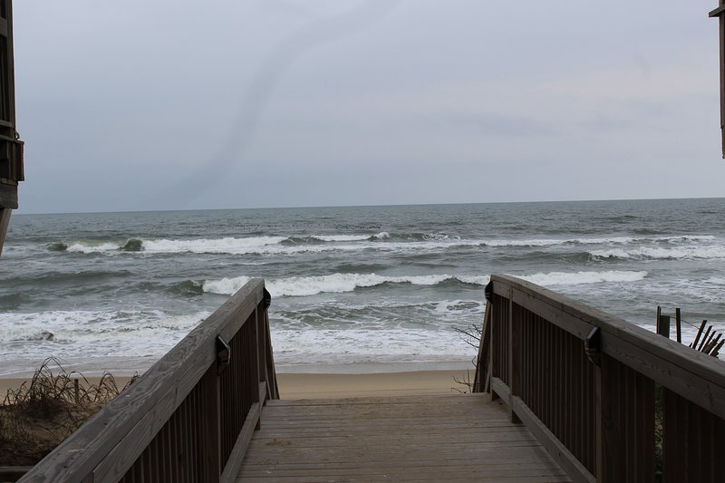 Beach access walk over, located 65ft. from cottage steps.    2017