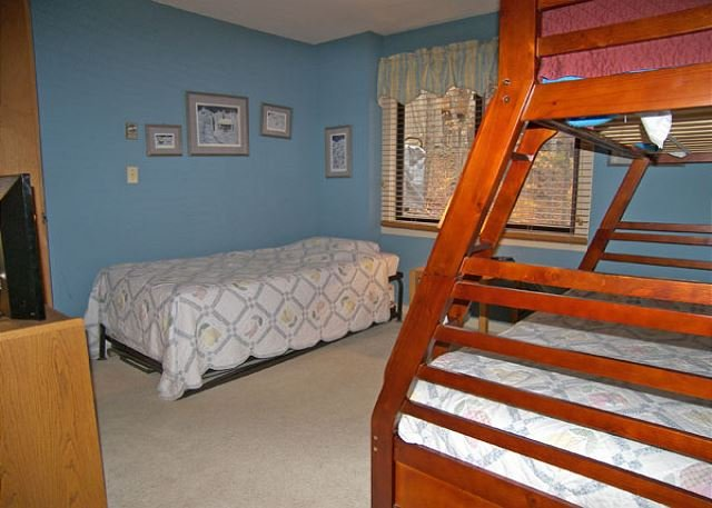 Bedroom with Bunk Set and Twin Bed