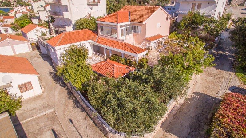 Guest House Ljoljinica, vacation rental in Razanj