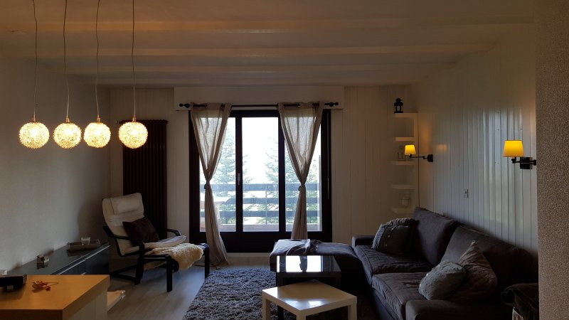 Charmant Logement Valais - Portes du Soleil, aluguéis de temporada em Le Bouveret