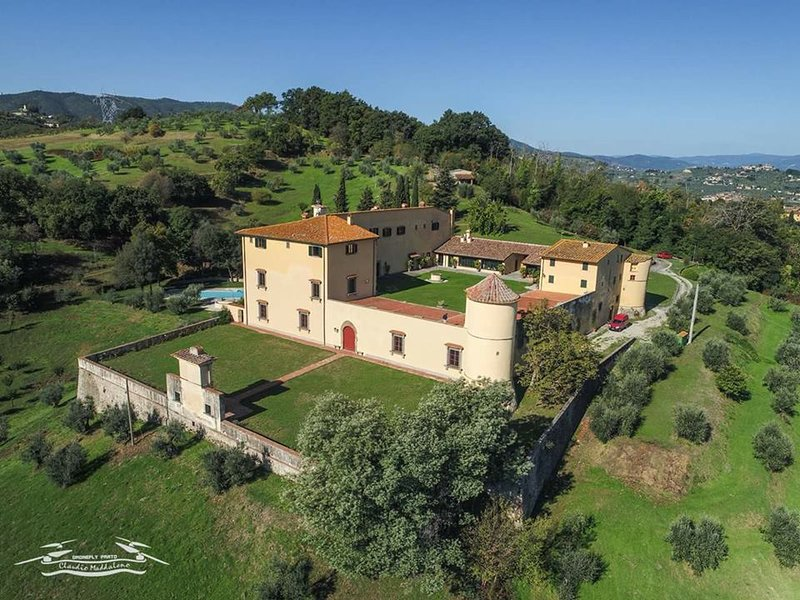 visión general de la villa y la propiedad