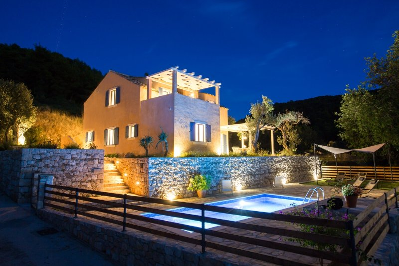 Villa AUTHENTICA, holiday rental in Lopud
