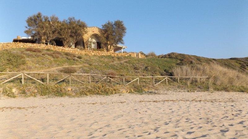 Villa Iride - La Marinedda, holiday rental in Isola Rossa