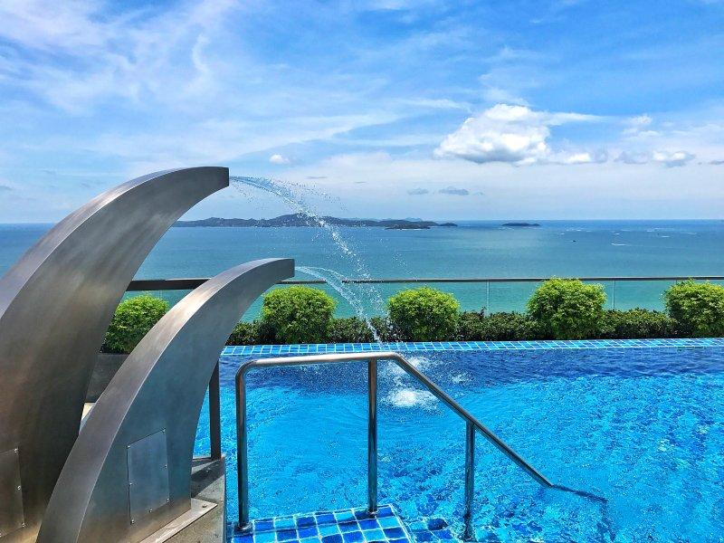 Swimming pool amazing sea view
