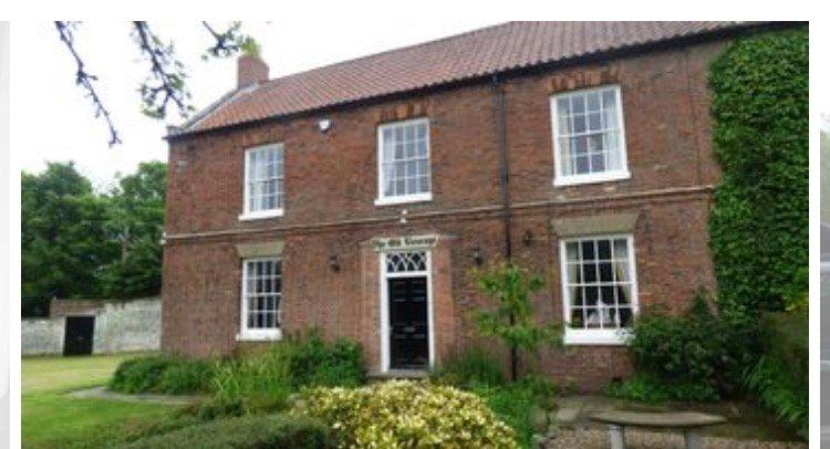 Reighton House, Filey North Yorkshire 6 bedroom, sleeps 15, vacation rental in Burton Fleming