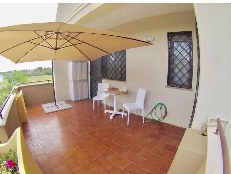 Nice apt near the beach & terrace, holiday rental in Trani